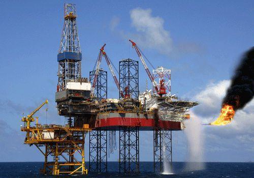 Hơn 1 triệu tấn dầu thô ngoại đã đổ vào Việt Nam, giá tăng 400%