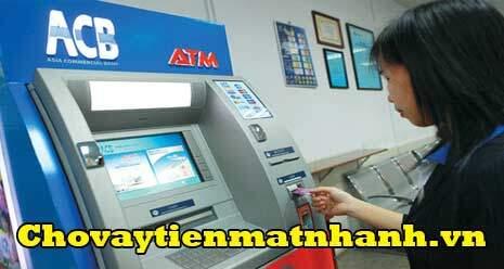 Rút tiền mặt từ thẻ tín dụng ACB